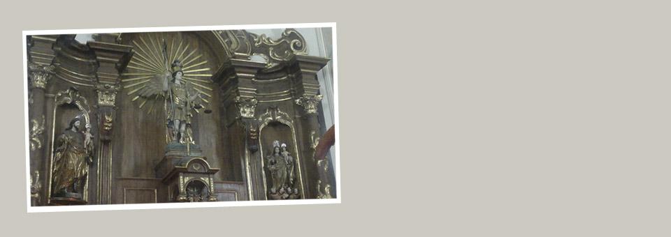 Fiéis louvam São Miguel em Missas dos Anjos no Recife