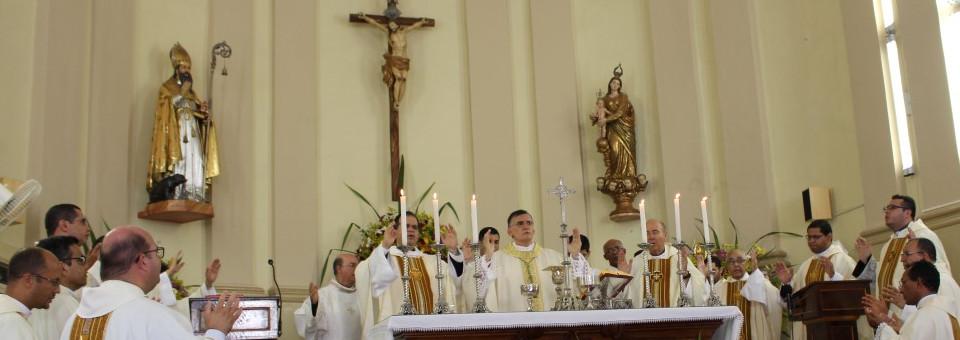 Dom Antônio Tourinho celebra aniversário de ordenação episcopal na festa de Vitória de Santo Antão