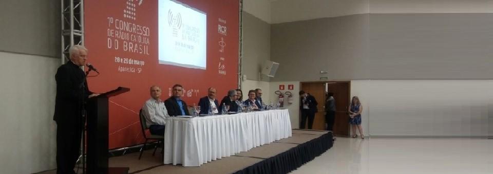 Autoridades eclesiais e civis comparecem à abertura do 1° Congresso de Rádio Católica do Brasil