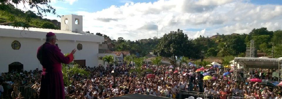 Jussaral em festa: inauguração da igreja Nossa Senhora de Aparecida leva romeiros à terra natal do arcebispo