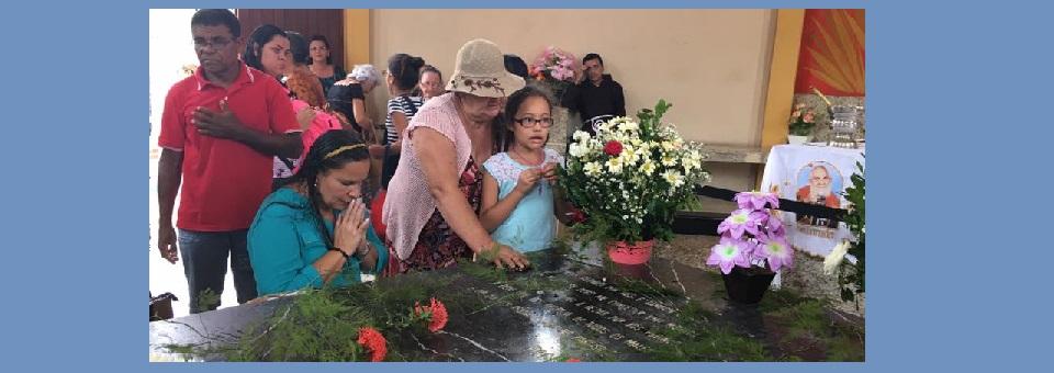 Romeiros lembram os 20 anos da morte de Frei Damião no Recife