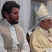 Padre Hewerton é empossado pároco de Santo Antônio na Vila Tamandaré