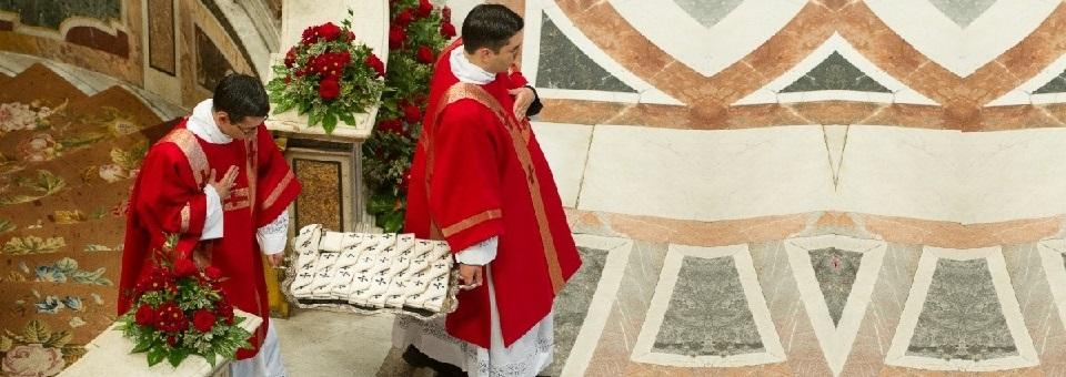 Dom Delson vai receber Pálio do Papa Francisco