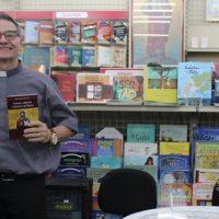 Dom Bruno lança livro sobre a proclamação da Palavra