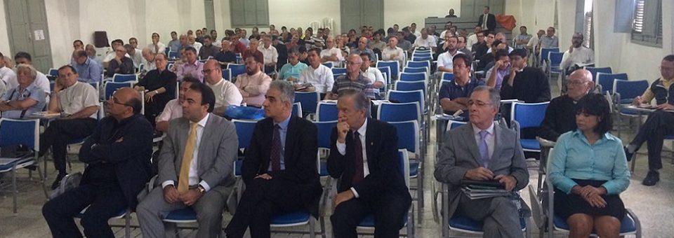 Reunião do Clero arquidiocesano articula parcerias