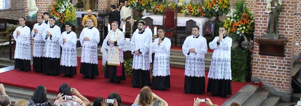 Entrevista com os diáconos que serão ordenados padres em dezembro