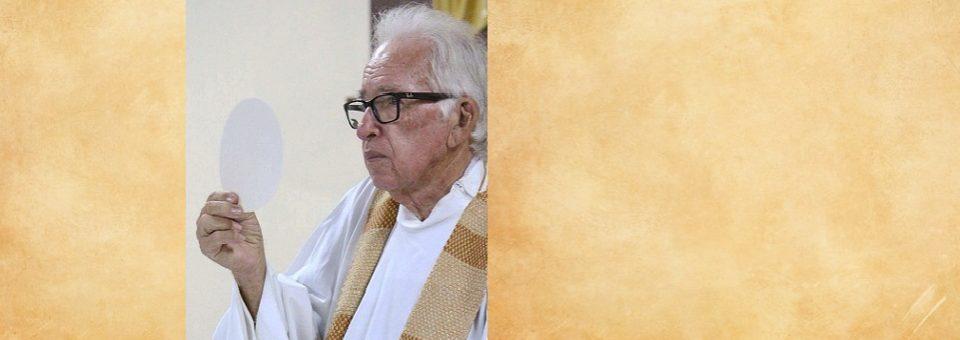 Dom Fernando vai presidir missa de sétimo dia do padre Benedito Badu
