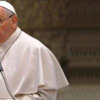 """Papa Francisco: """"Um pecador pode tornar-se um santo. Um corrupto não"""""""